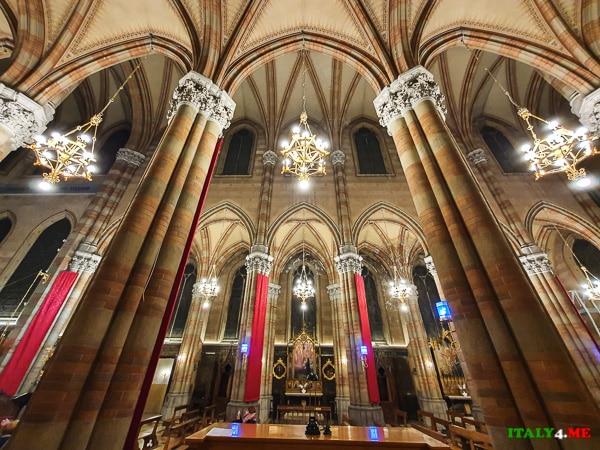 Внутреннее убранство Церковь Святого Сердца Иисуса в Прати