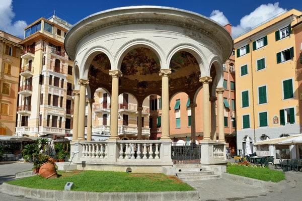 Музыкальный киоск в Рапалло Италия