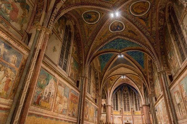 Фрески Джотто в базилике святого Франциска в Ассизи