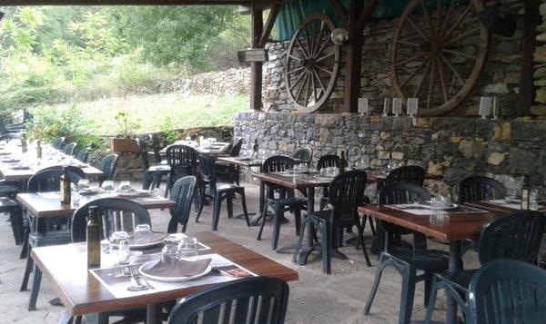 Интерьер ресторана Osteria Vecchio Mulino в Рапалло