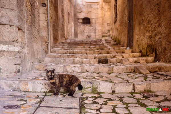 Улицы пещерного города Матера Италия