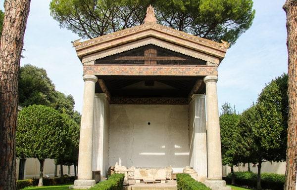 Храма Алатри (Tempio di Alatri) национальный этрусский музей Вилла Джулия