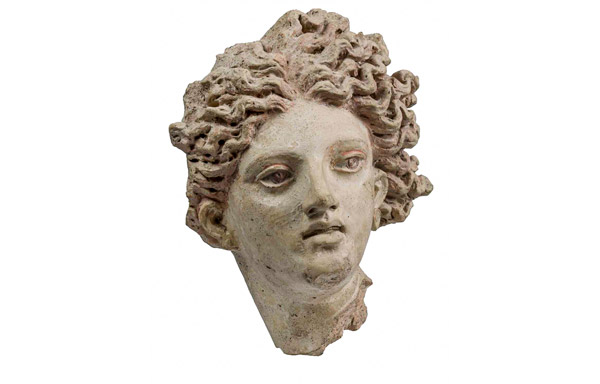 Голова Левкотеи в этрусском музее Рим