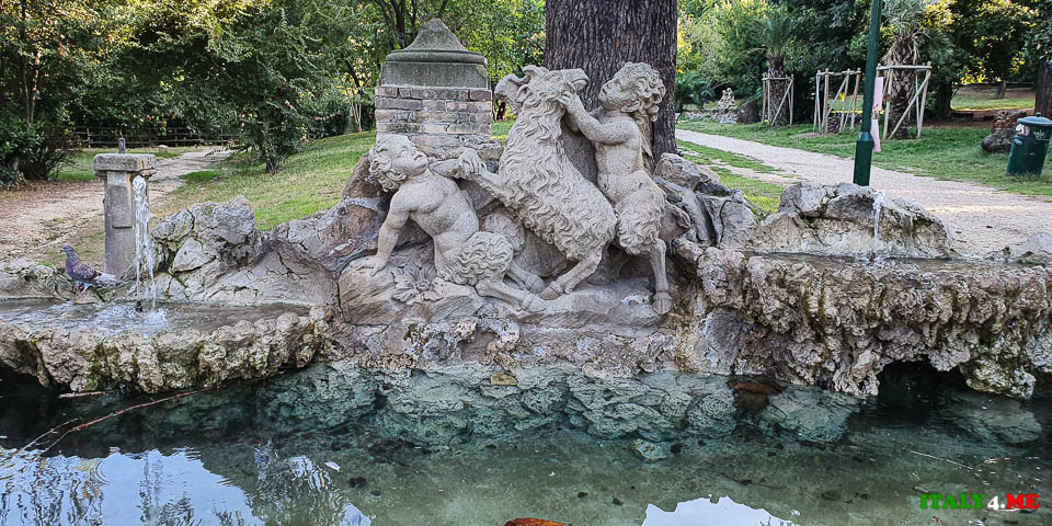 Фонтан Фаунетти на вилла Шарра в Риме