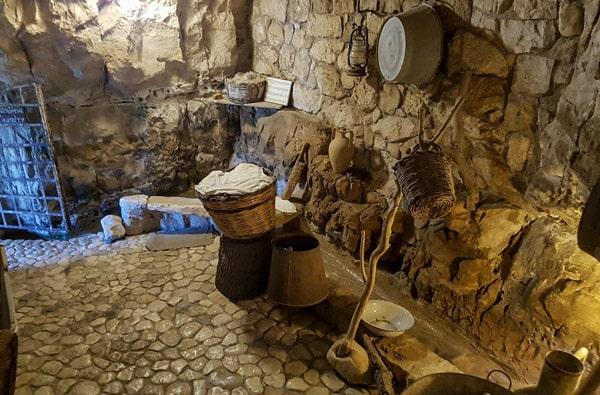 Музей в Испике дом мельника прачечная
