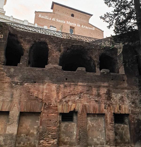 Как выглядит инсула Древнего Рима сегодня