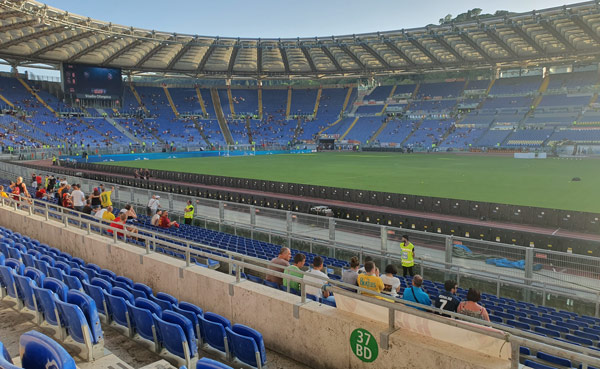 Центральная трибуна Tevere на Олимпийском стадионе в Риме
