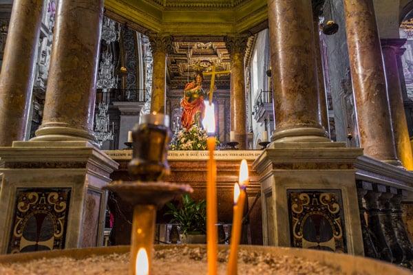 Часовня Святой Елены в базилике Санта-Мария ин Арачели Рим