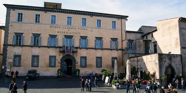Этрусский Музей Клаудио Фаина (Etruscan Museum Claudio Faina) в Орвието