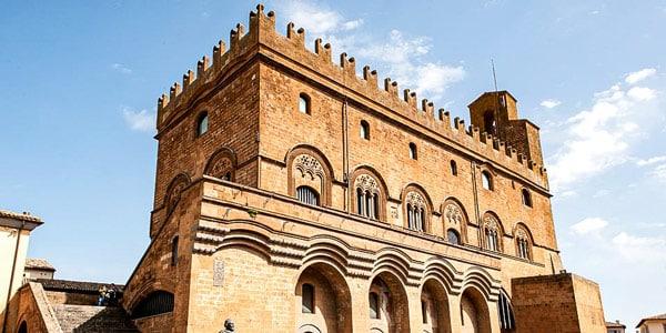Палаццо дель Капитано дель Пополо в Орвието