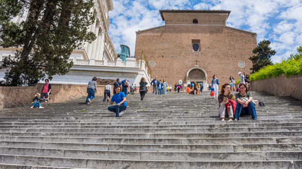 Лестница базилики Санта-Мария ин Арачели Рим