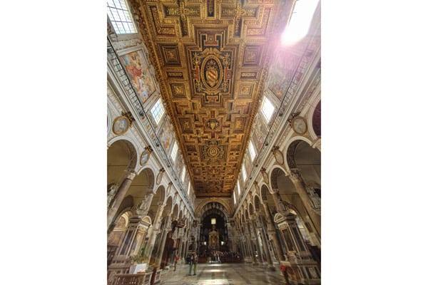 потолок в базилике Санта-Мария ин Арачели Рим