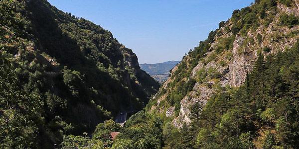 Ущелье Боттаччоне в Губбио