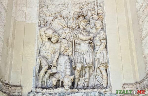 предводитель еврейского народа Иисус Навин ведёт армию к Красному морю